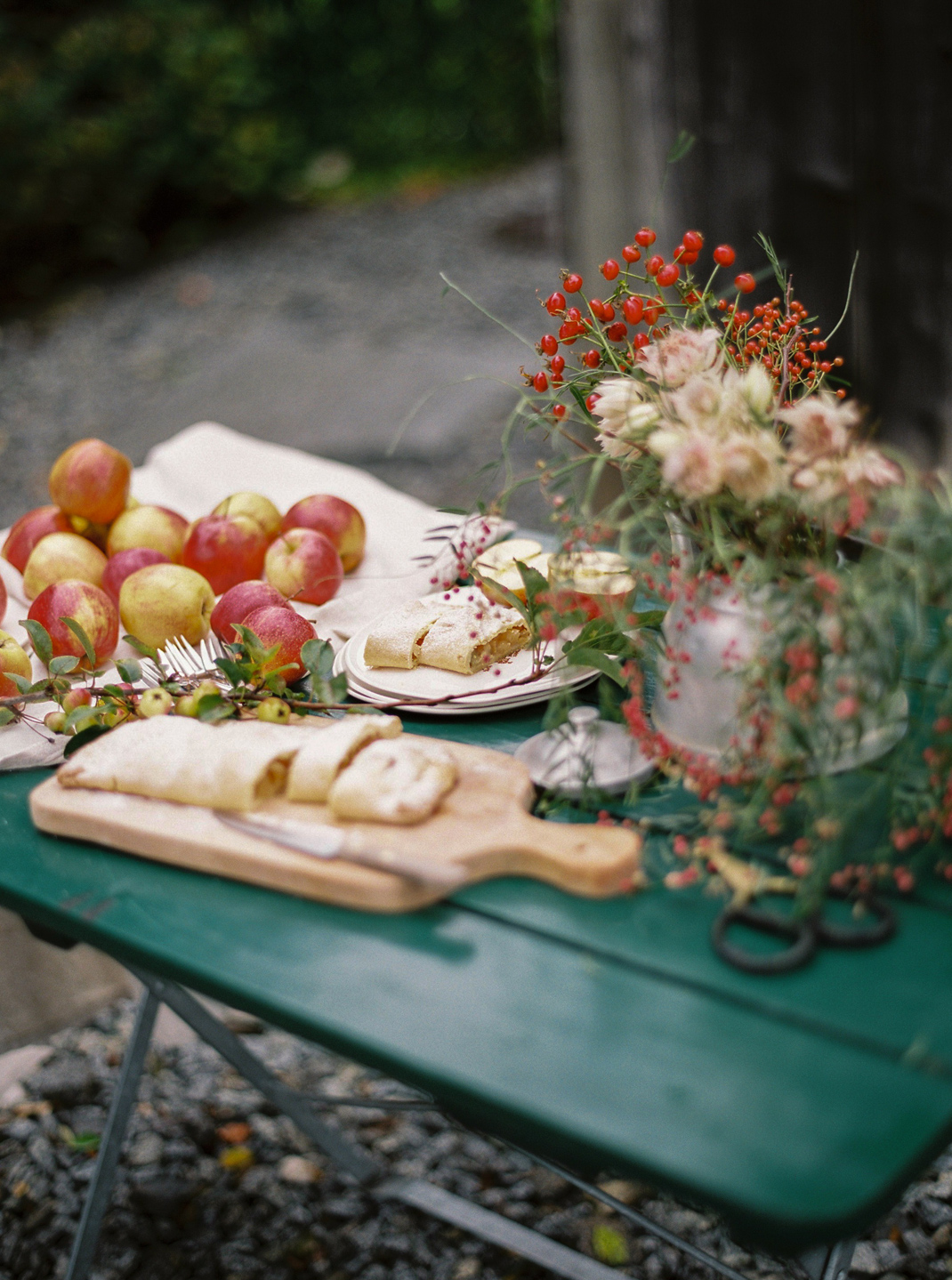 Silvia Fischer. Echte Kuchenliebe. Apfelschlangerl Rezept Foodblog