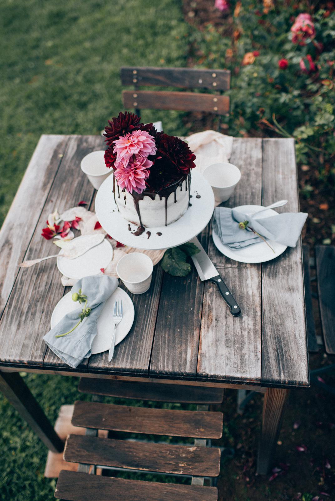 Silvia Fischer. Echte Kuchenliebe. Torte im Blumengarten