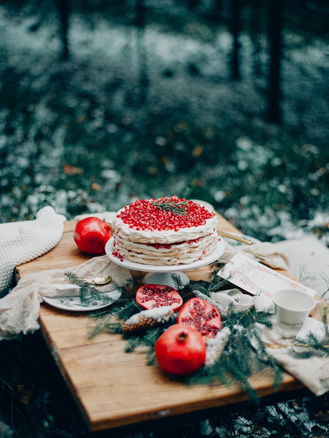 Baiser-Torte mit Granatapfel, Silvia Fischer. Echte Kuchenliebe