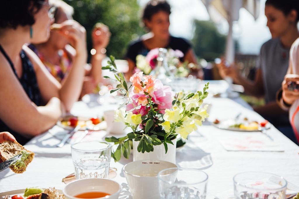 Businessbrunch im Garten der Geheimnisse mit Silvia Fischer und Christine Mittermayr